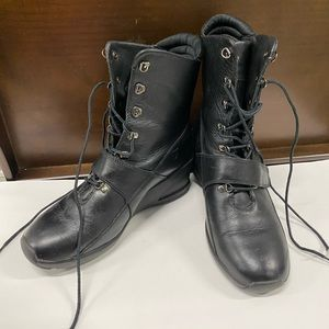 Timberland black leather ankle boots 9